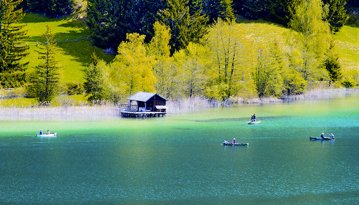 Lake Weissensee – an ideal combination of a beach and mountain
