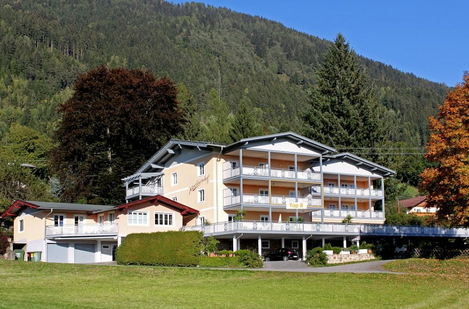1 Bedroom Apartment overlooking Lake Millstatt